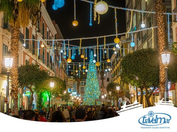 The city of Salerno lights up for Christmas time